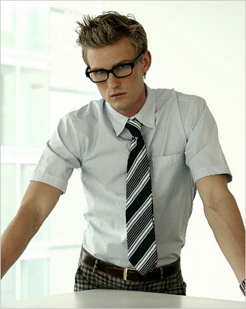 http://manolomen.com/images/Marc%20Jacobs%20short-sleeve%20shirt.jpg