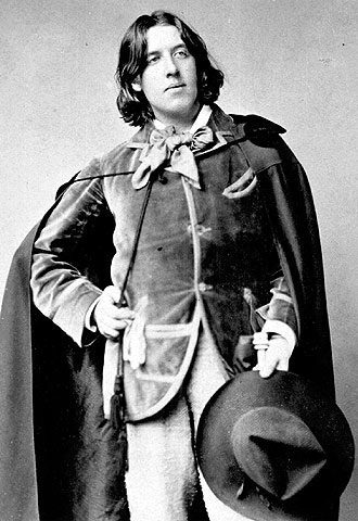 Oscar Wilde with bow tie