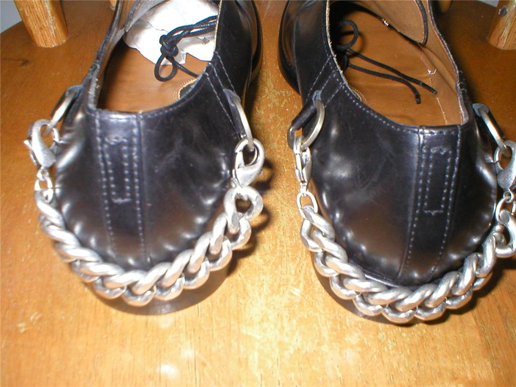 Hugo Boss chain shoes