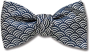 waves bow tie